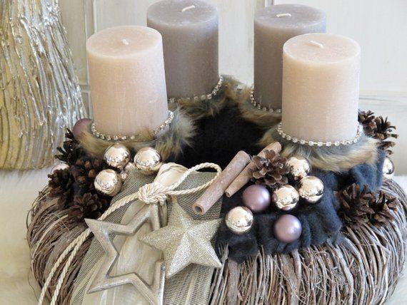 Grosser Adventskranz Pure Eleganz Champagner Gold Etsy Christmas Wreaths Pillar Candles Xmas