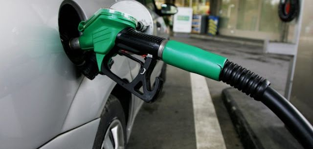 [TRENDING] WHY PETROL SELLS AT FRAUDULENT PRICE IN AKWA IBOM   I've been to a number of fuel stations in two Akwa Ibom cities today and they all sell fuel at N200 and above. One of them sold at N220 yesterday. I called Lagos today to confirm how much it sells there and realize it's at most N150. In Port Harcourt where people pride themselves to be Nigeria's human rights capital next only to Lagos; petrol sells for N200 just like in Akwa Ibom. That's what I was told today. But the federal…