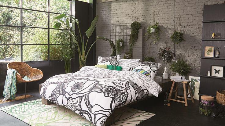 41 best feng shui images on pinterest bedroom decor bedrooms and beds. Black Bedroom Furniture Sets. Home Design Ideas