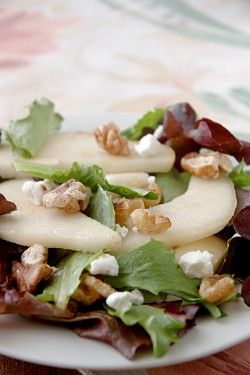 Mixed Baby Greens with Pears and Walnuts - Recipe from the Wellness Kitchen. Perfect for a light and flavorful lunch, and makes an elegant and refreshing 1st course for a dinner party!