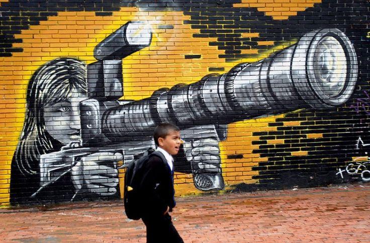 Seni Jalanan Lukisan Mural di Kota Bogotá di Kolombia 3