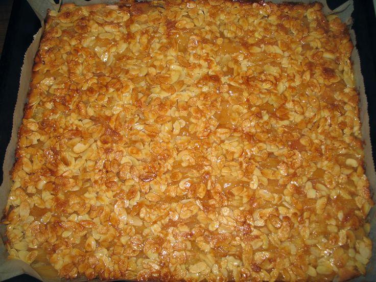 Pörden Keittiössä: Omena-toscapiirakka