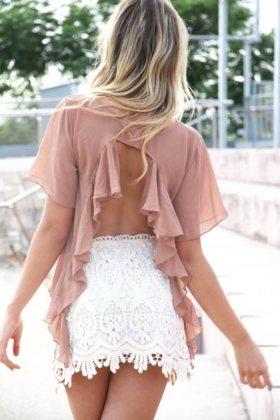 love it: Cute Outfits, Hot Summer Outfits, White Lace, Crochet Skirts, Summer Night, Lace Dresses, Lace Skirts, Open Back, Backless Shirts