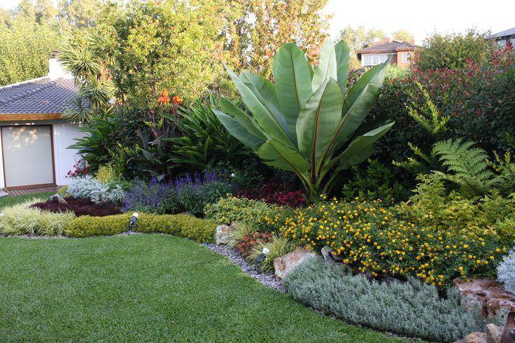 Canteros con piedras google search jardines for Canteros de jardin
