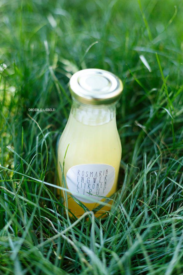 Selbstgemachte Limonade mit Ingwer, Rosmarin und Zitrone inkl. Etiketten-Freebie