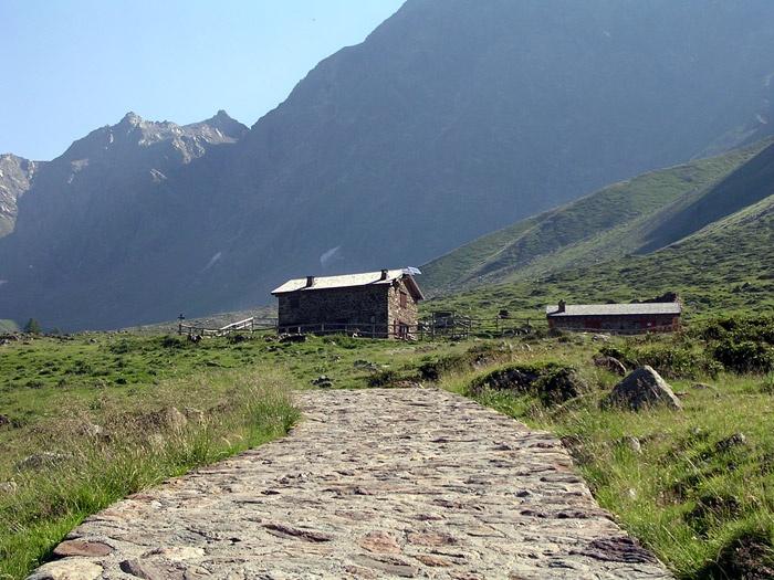 Bivacco Saverio Occhi, Val Grande, Vezza d'Oglio (Bs)