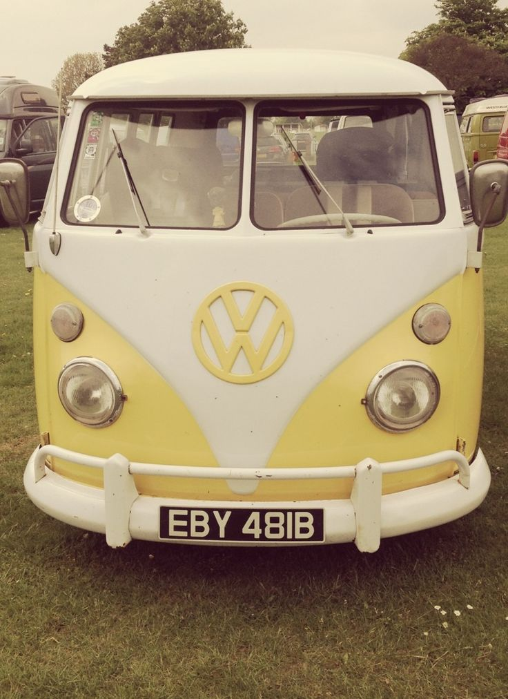Volkswagen Van... I love this car & I would love to have one!