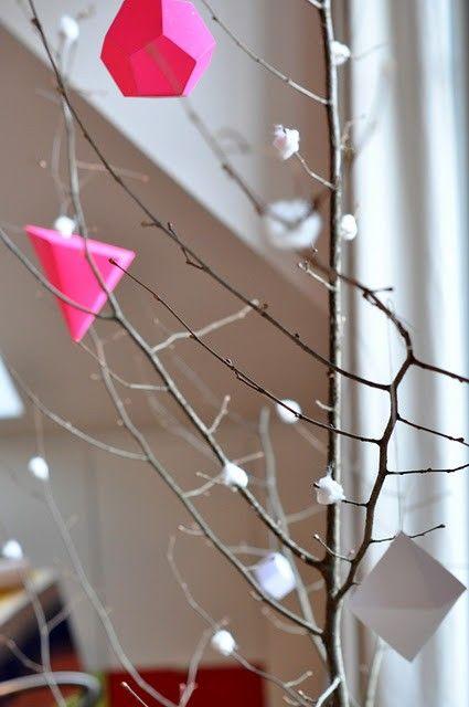 Tuesday DIY: Neon Christmas decorations | Home Improvement Ideas