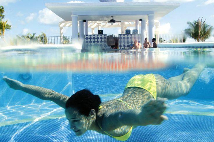 ClubHotel Riu Ocho Rios - Hotel in Ocho Rios – Hotel in Jamaica - RIU Hotels & Resorts Hotel pool,  pool bar,  and swim-up bar