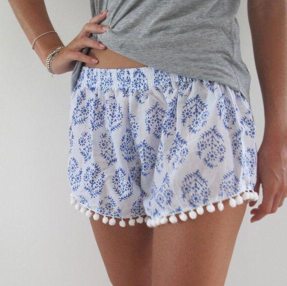 Pom Pom Shorts, azul & blanco Print moda playa pantalones cortos - 70 inspirado pantalones cortos de gimnasio