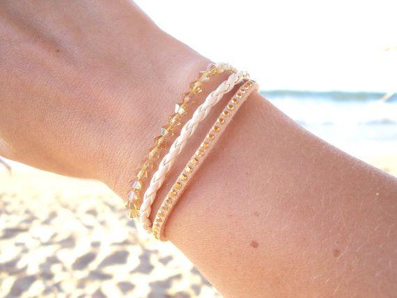 Leather bracelet with golden Swarovski crystals