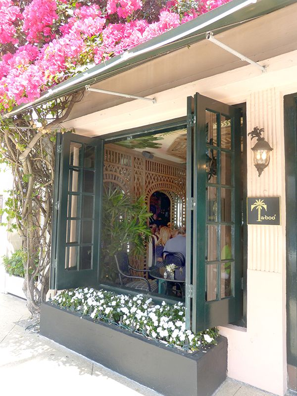 Where to eat In Palm Beach | theglitterguide.com
