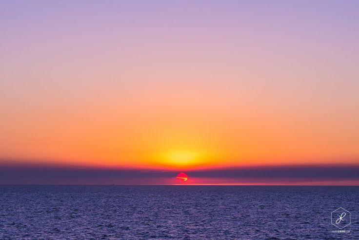 An awesome Darwin sunset!  Photo by Johan Lolos