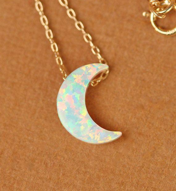Mond Halskette Opal Mond Halskette collier Halbmond von BubuRuby