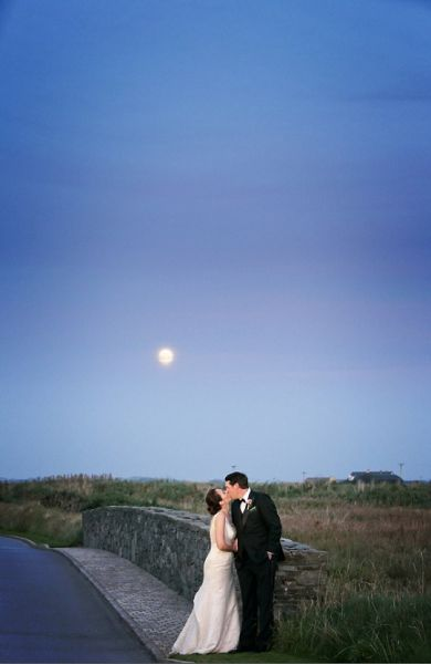 The couple in front of the moonlight
