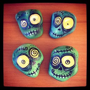 #horror hecho con amor ❤️ #zombies pintados a mano en piedra, piezas únicas