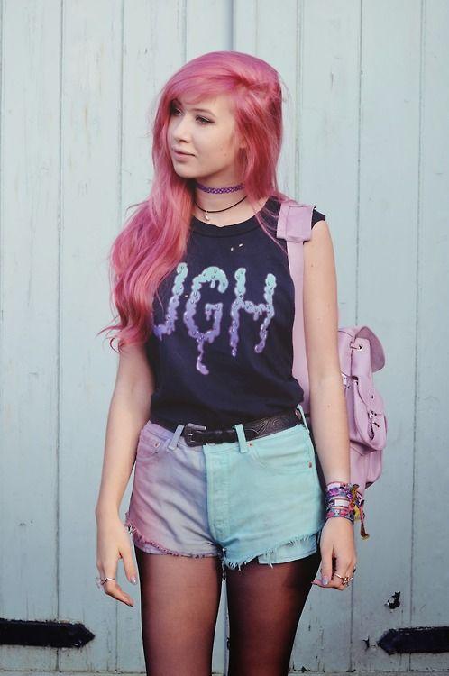 http://www.luckymelli.com - alternative fashion pastel goth outfit: (via QUANTUM FLUX | Amy Valentine)
