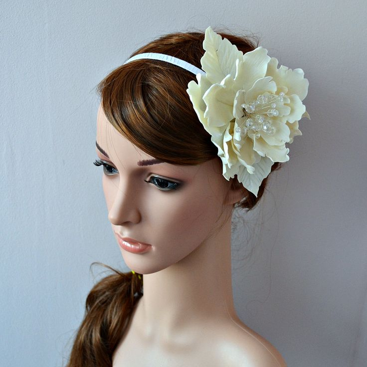 Large flower fascinator ~ Bridal headband with ceramic peony ~ Romantic wedding headpiece for bride ~ Unique off white ceramic hair flower by RitzyFlowers on Etsy