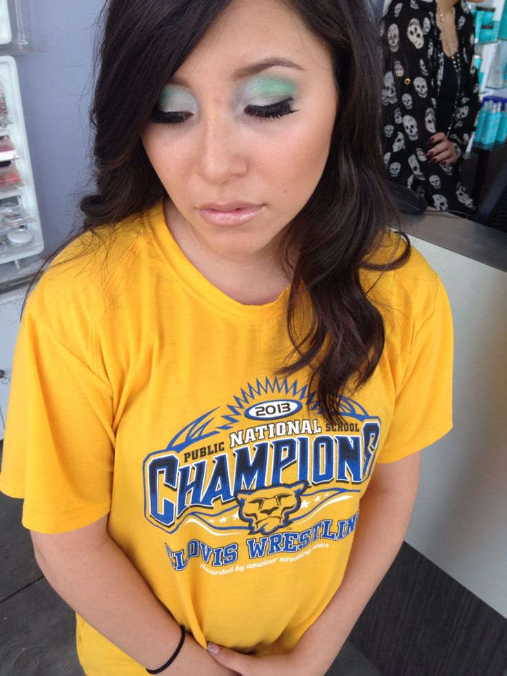 Pin by Cecilia Gutierrez on Makeup T shirts for women
