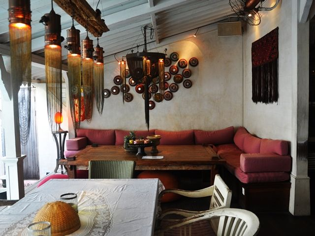 Cafe Bali, Seminyak, Bali: hotspot on eatstreet