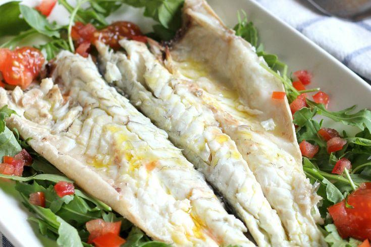Esta receta de lubina a la sal queda siempre perfecta. Con estos trucos para cocinar pescado a la sal en el horno serás el rey de la lubina y la dorada a la ...