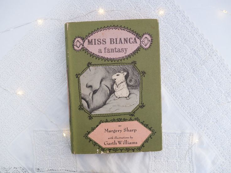 Vintage children's book: 'Miss Bianca a fantasy' by Margery Sharp, illustrations by Garth Williams - First edition - hard cover - 1962 by freshdarling on Etsy