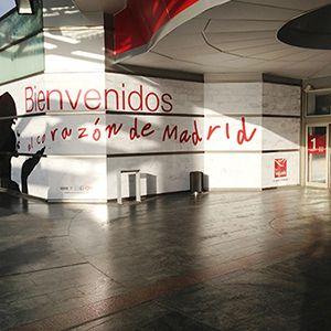 ESCAPARATE EXTERIOR EN ACCESOS CC LA VAGUADA  #diseño #impresiongranformato #diseñodeinteriores