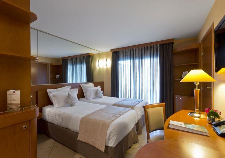Condo Hotel Clarion Suites Cannes Croisette, Cannes | Villas.com