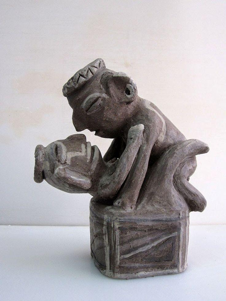 VOLUMEN CERÁMICO: 5ª UNIDAD DIDÁCTICA. Reproducción de vasija precolombina. Sculptures, Lion Sculpture, Exotic Art, Masks Art, Ancient Artifacts, Native Art, Tantra, Gravure, Stone Art