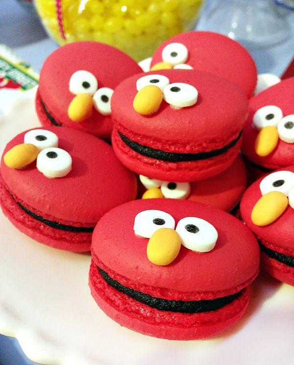 Elmo macarons #elmo #sesamestreet #macarons