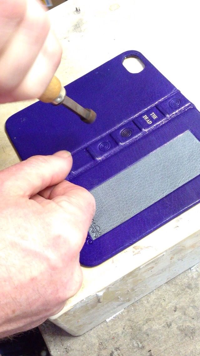 Making iPhone case