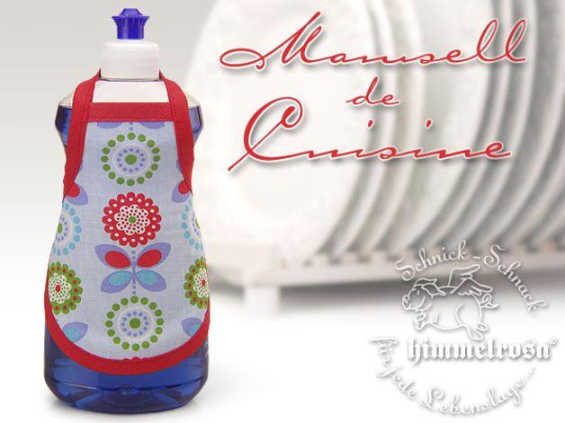 Spülischürze - Retroblume blau Immer die verschmierten, unansehnlichen Spüliflaschen in der Küche? Hier kann geholfen werden...Eine Spülischürze für die Spülmittel Flasche. Die Spüliflasche wird...