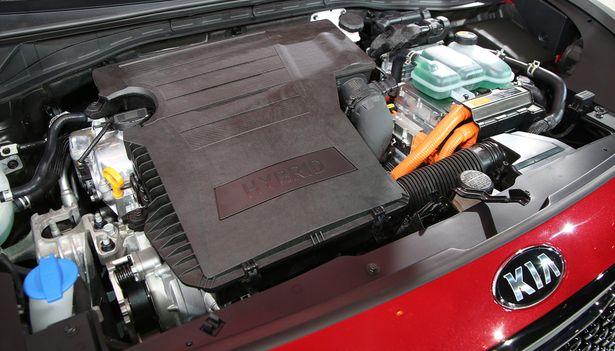 2017 Kia Niro - engine