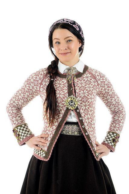 Dagens kjøpeoppskrift: Ingrid   Strikkeoppskrift.com
