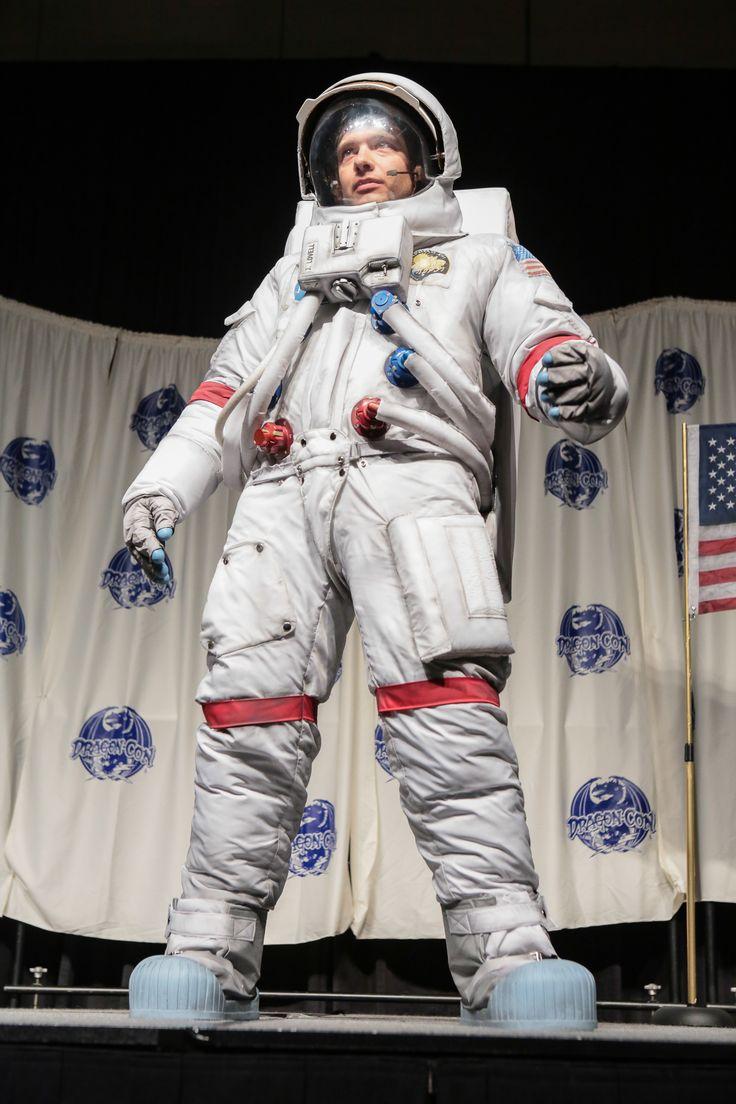 70 best astronaut costume images on pinterest astronaut costume astronaut suit and astronaut. Black Bedroom Furniture Sets. Home Design Ideas
