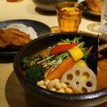 Rojiura Curry SAMURAI.  下北沢店 (ロジウラカレー サムライ) - 下北沢/スープカレー [食べログ]