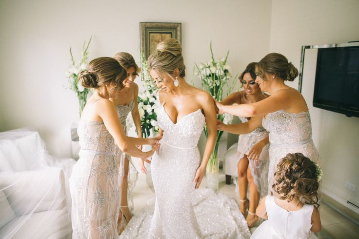 Bride Squad - White wedding inspiration from Samantha & Marco's wedding at Doltone House Darling Island
