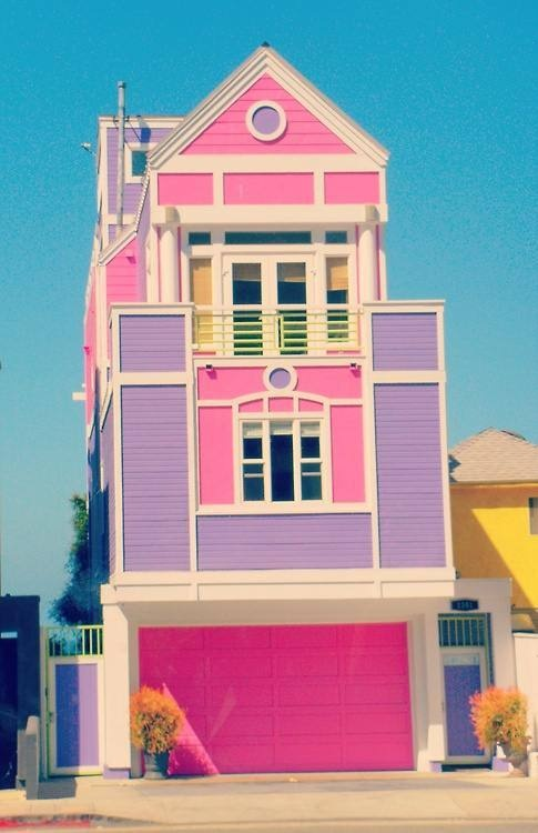 """This one is literally a """"Dream Home"""". That is, Barbie's Dream Home. Owned by Ruth Handler, the creator of Barbie dolls in Santa Monica, CA."""