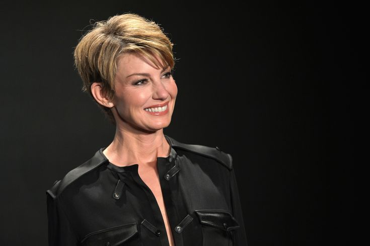 Only Faith Hill could go from long to short to even shorter and pull it off with so much grace that the rest of us are running to our stylists.