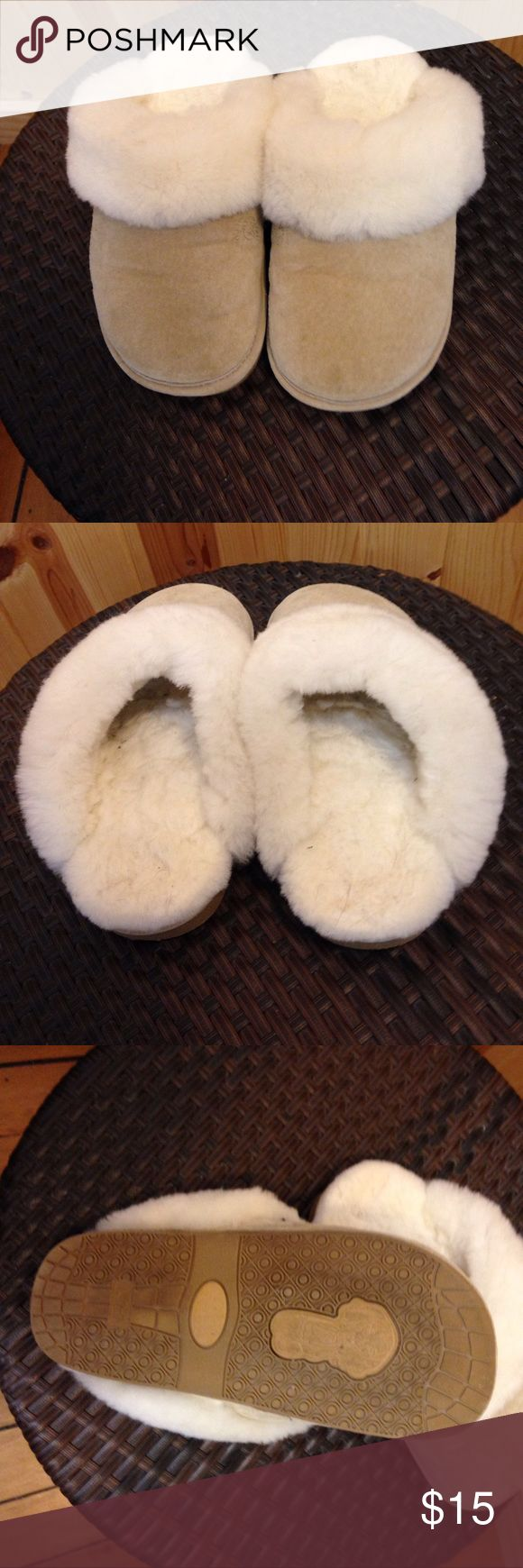 Fuzzy slippers Ugg looking slippers.  Very warm.  Wore around my house and once in awhile, out to get the mail. old friend Shoes Slippers