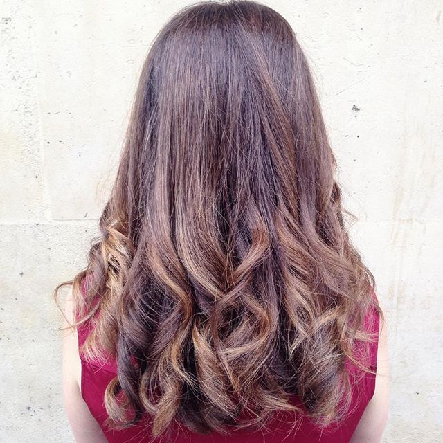 couleur cheveux wavyhair balayage coloriste - Bon Coloriste Paris