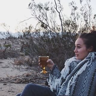 And took wine o'clock to the next level:   23 Times Alycia Debnam-Carey Had The Best Damn Instagram