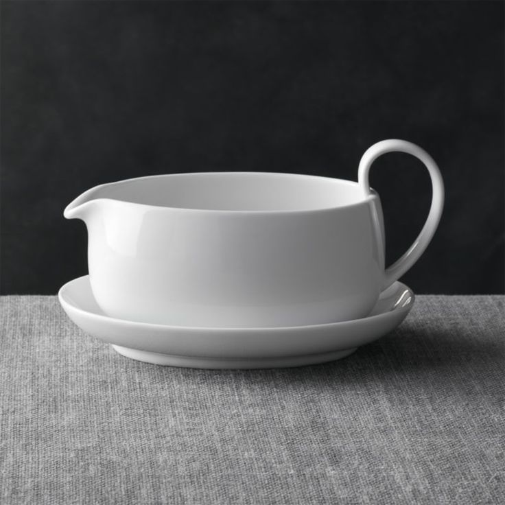 Serve sauces and gravies with less drips using a gravy boat from Crate and Barrel. Browse gravy boats and sauce servers in a variety of sizes and styles.