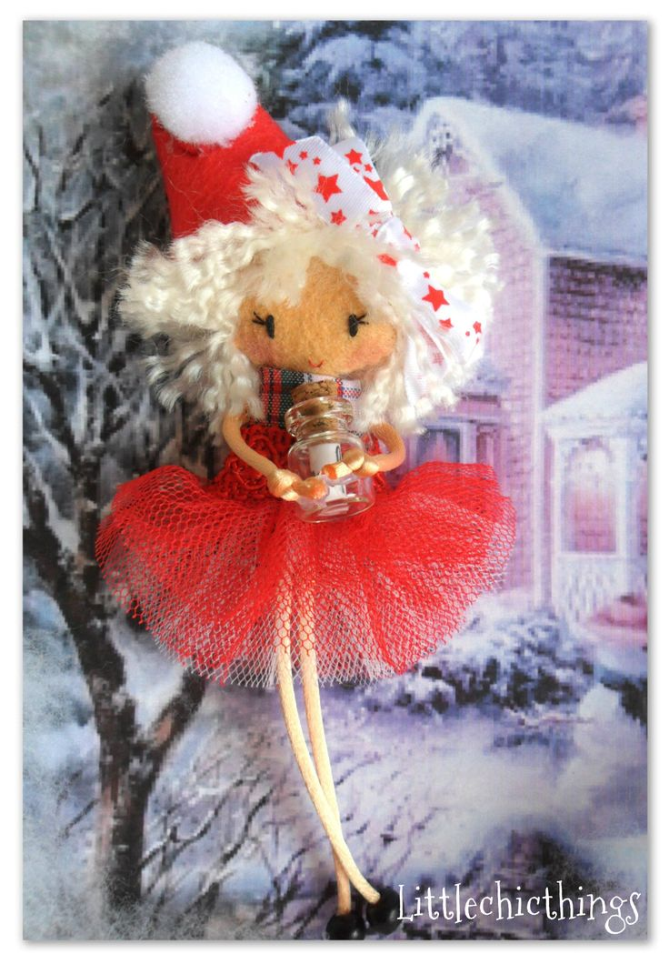 Mother Christmas Felt Pin by Littlechicthings (Spain) What a nice detail for the Holiday Season. Would you like to order yours?