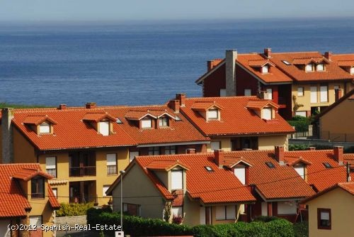 Lovely terraced house for sale with beautiful garden and overlooking to the sea #Spain #forsale #realestate #house #property #properties #investment