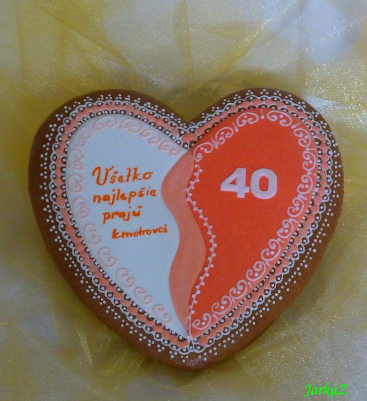 gingerbread heart 40th birthday with small hearts - medovníkové srdce k 40. narodeninám
