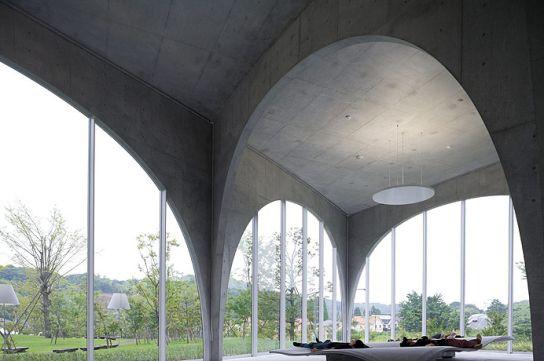 Tama Art University Library // Toyo Ito 伊東豊雄建築設計事務所