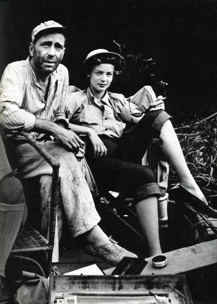 "Lauren Bacall acompaña a Humphrey Bogart durante el rodaje de ""La Reina de África"" (The African Queen), 1951"