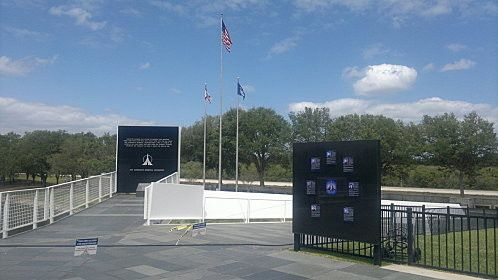 16.04.2012 kennedy space center (30) - mémorial