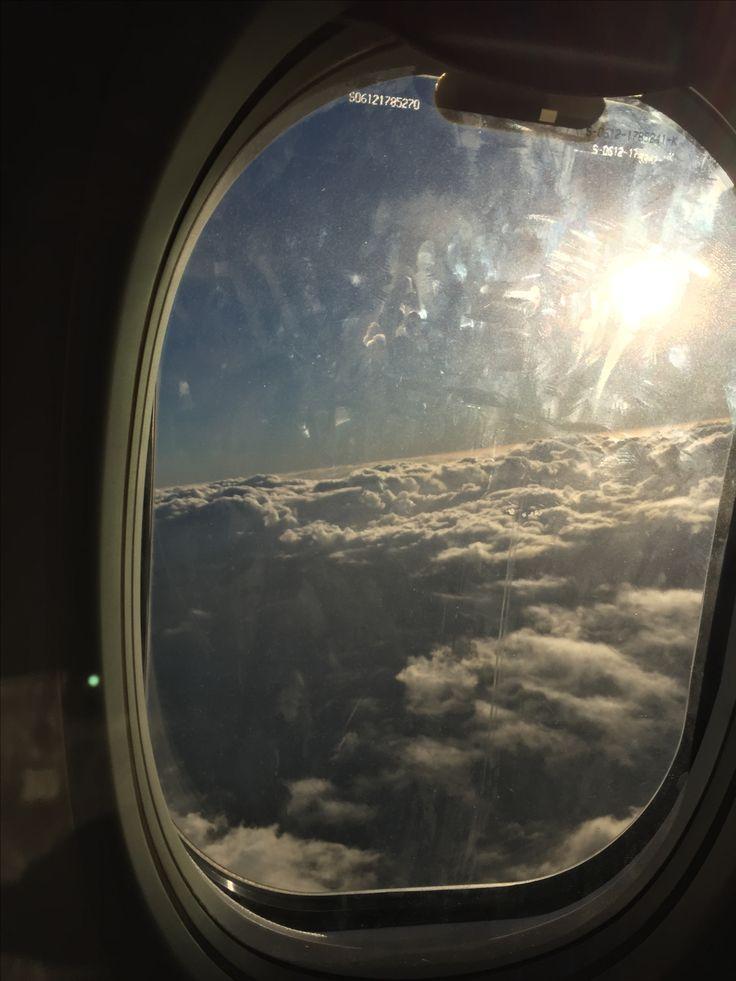 Somewhere. #plane #flying #qantas